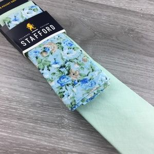 Stafford Green Tie with Floral Pocket Square